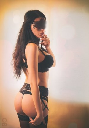 Ouliana live escorts in West Chicago & happy ending massage