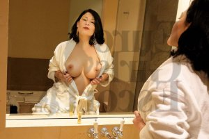 Shannel happy ending massage & live escorts