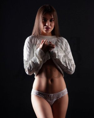 Roksana erotic massage, escort girl