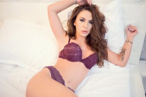 Myrtha live escort and happy ending massage